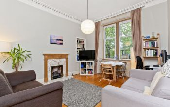 19/2 Comely Bank Road, Edinburgh