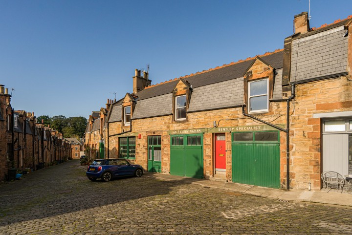 13 & 13a Belford Mews, Dean Village, Edinburgh