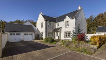 24 Robert Smith Place, Dalkeith