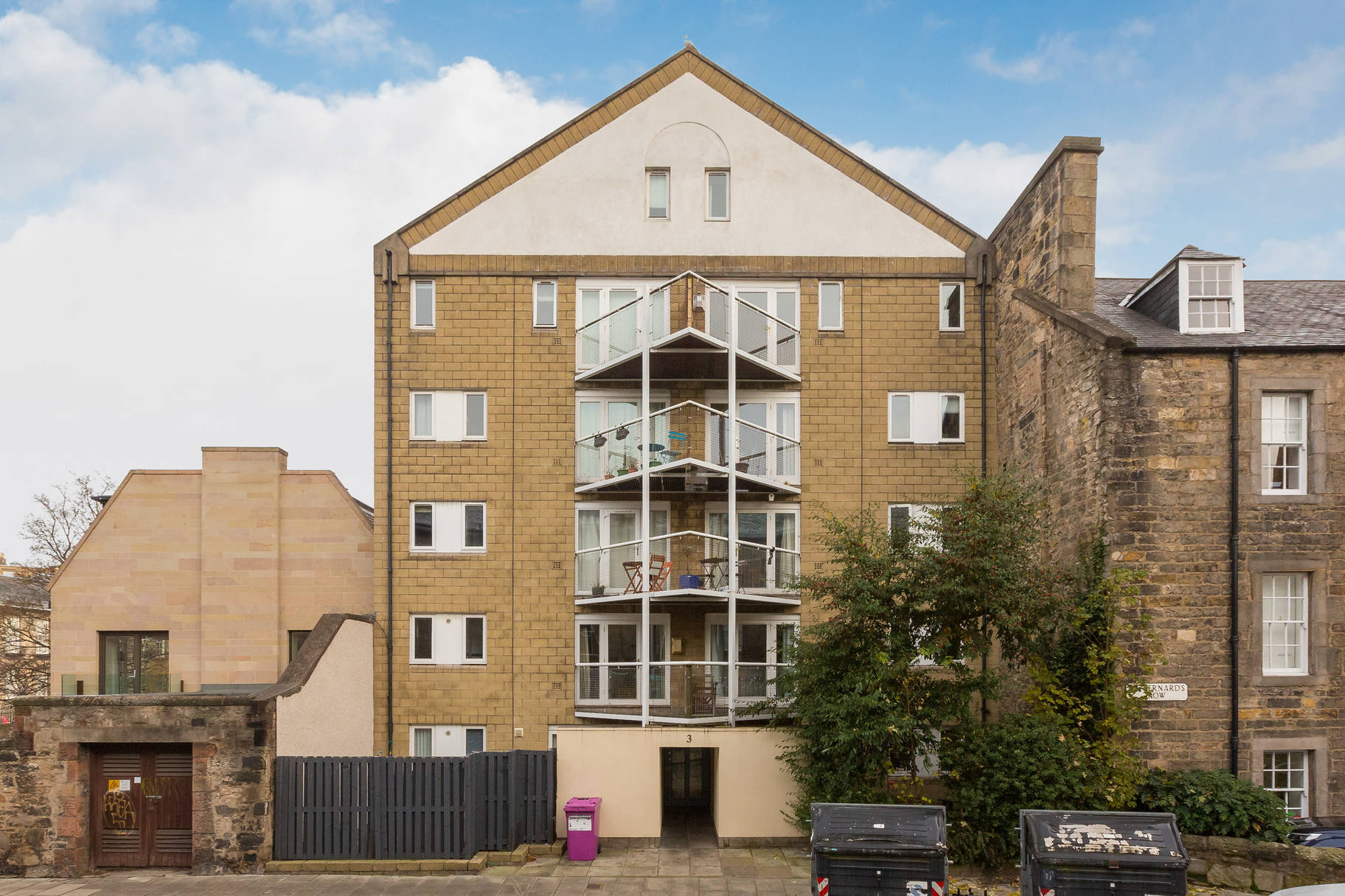 3/7 St Bernard's Row, Edinburgh, EH4 1HW