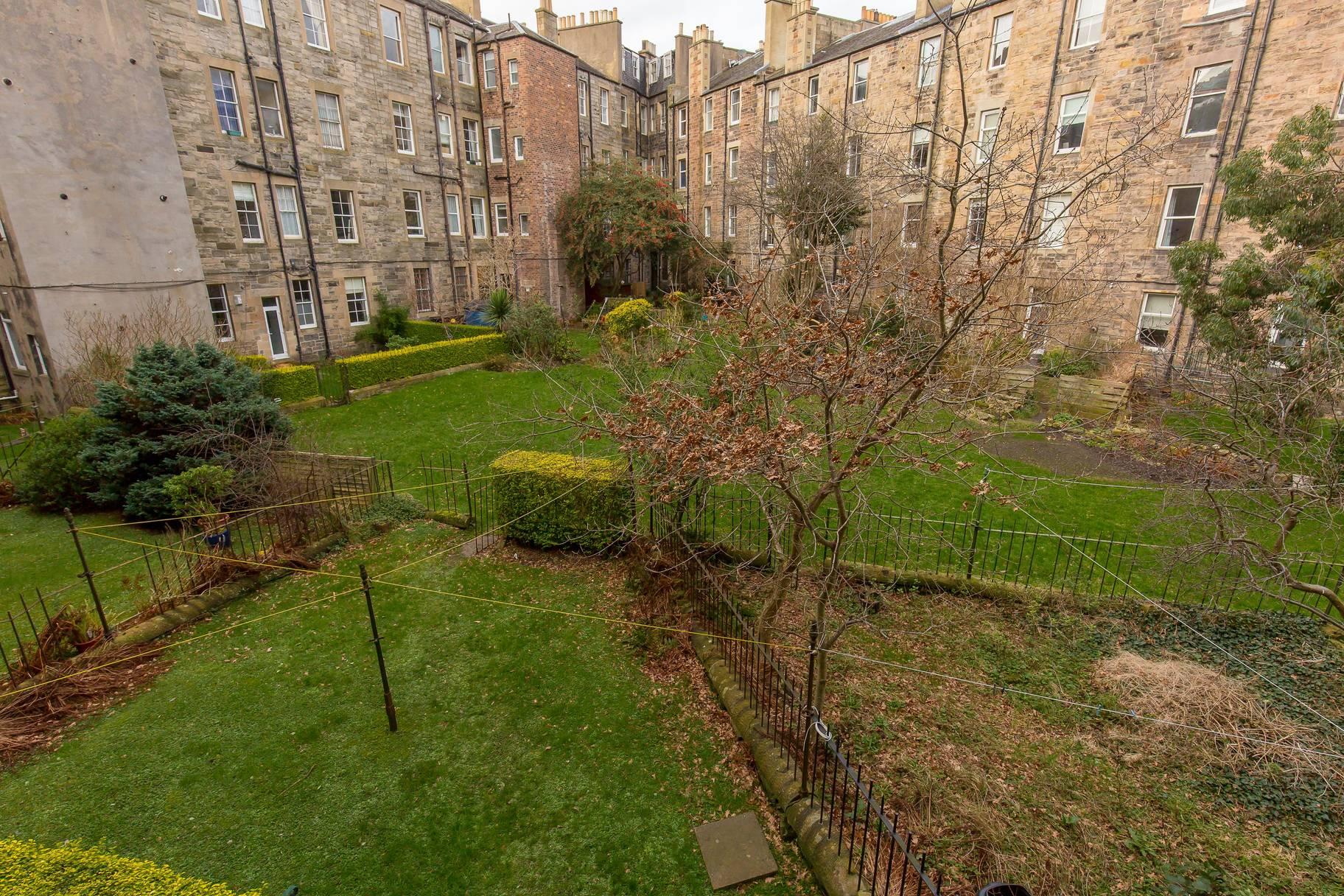 7 (1F1) Royston Terrace, Inverleith, Edinburgh, EH3 5QU