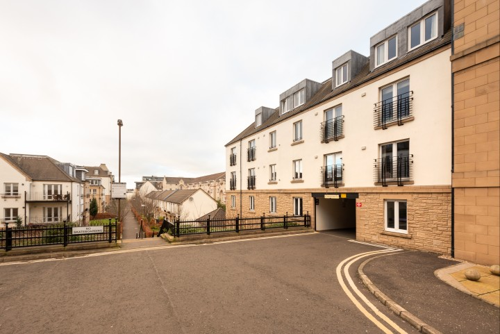 11/1 Hopetoun Crescent, Bellevue, Edinburgh EH7 4AU