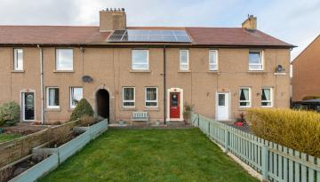39 Summerfield, Earlston