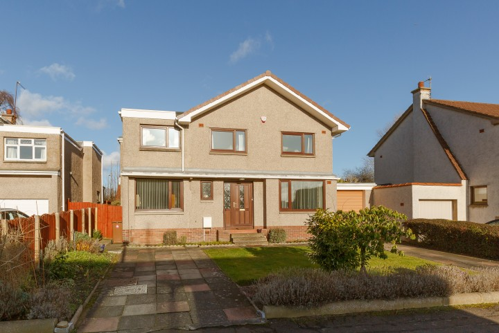 14 Hillpark Way, Edinburgh EH4 7BJ