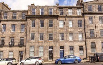 4 (PF1) Gardner's Crescent, Edinburgh