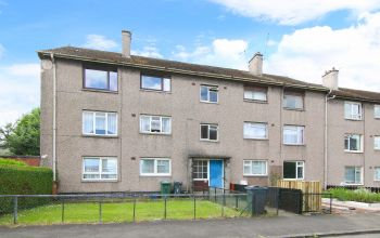 8/5 Christian Crescent, Edinburgh