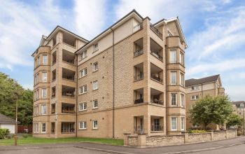 14/1 Roseburn Maltings, Edinburgh