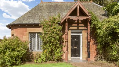 North Lodge 1,Winterfield Place, Belhaven