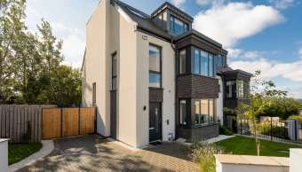 3 Craigmount View, Edinburgh
