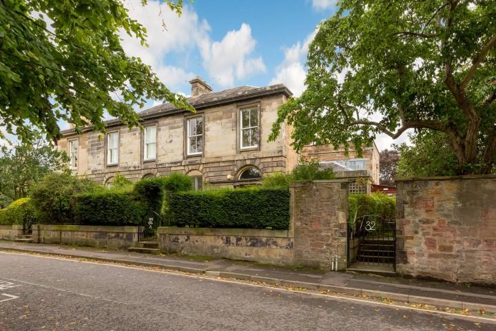 32 Mansionhouse Road, Edinburgh EH9 2JD