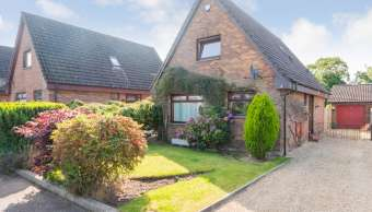 4 Brae Well Gardens, Linlithgow