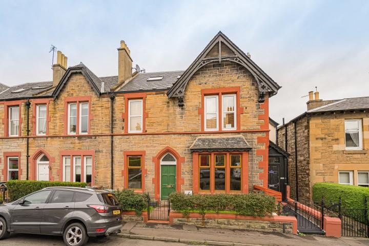 10 Wolesley Crescent, Edinburgh EH8 7DF