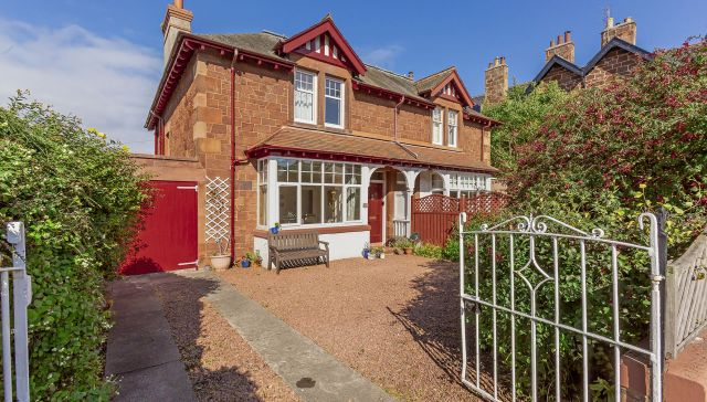 12 Clifford Road, North Berwick