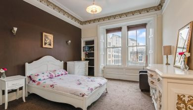 10, 2f2 Crighton Place, Edinburgh