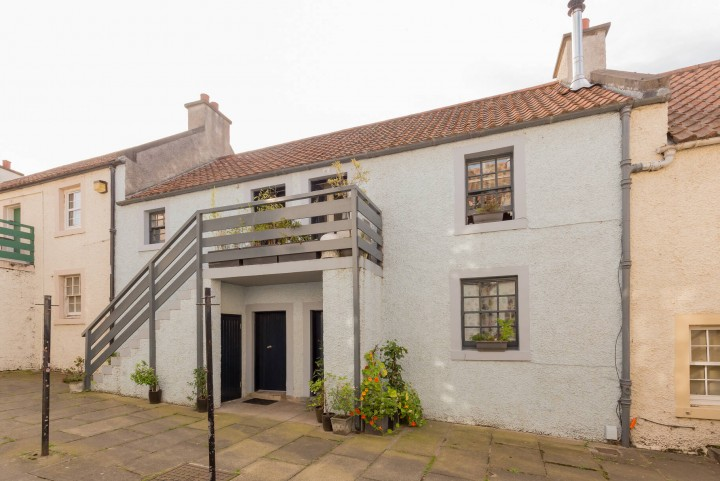 6 Wester Close, Newhaven, Edinburgh EH6 4LT