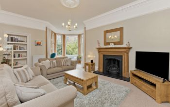 70 (1F2) Comiston Road, Edinburgh
