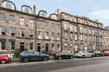 23 (2F1) London Street, New Town, Edinburgh, EH3 6LY