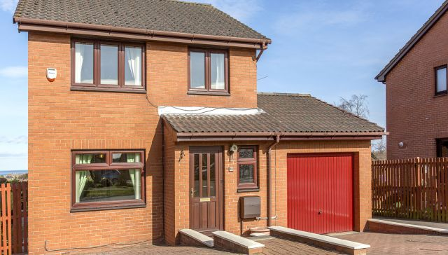 45 Clayknowes Place, Musselburgh