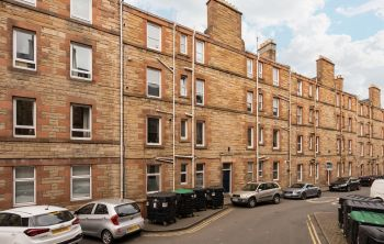 28 (3F1) Milton Street, Edinburgh