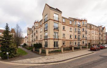 4/2 Sinclair Place, Edinburgh