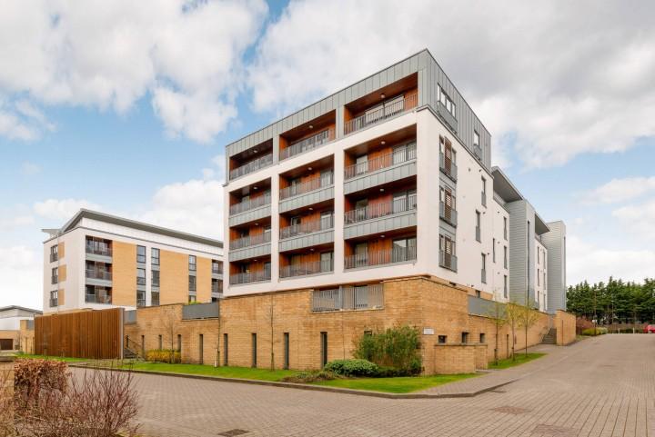 Flat 2, 11 Kimmerghame Terrace, Edinburgh EH4 2GG