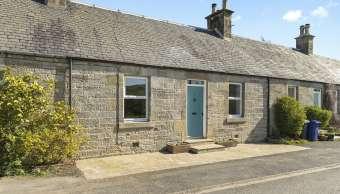 3 Borthwick Mains Cottages, Gorebridge