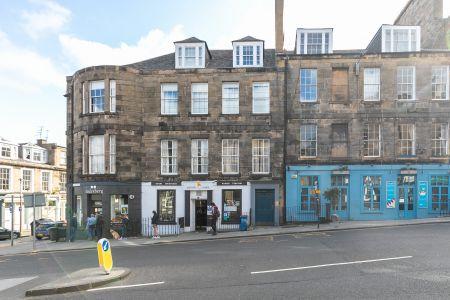 41A (2F4) Broughton Street, off York Place, Edinburgh EH1 3JU
