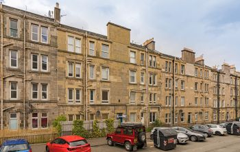 12 (3F1) Wardlaw Place, Edinburgh