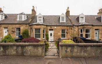 6 Mitchell Street, Dalkeith
