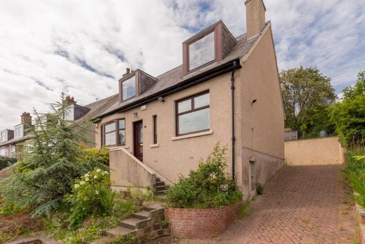 18 Paisley Crescent, Willowbrae, Edinburgh EH8 7JP