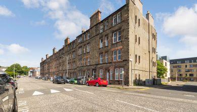 37, 2f3 Logie Green Road, Edinburgh