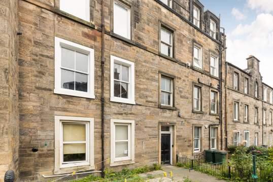 13/2 Richmond Terrace, Haymarket, Edinburgh, EH11 2BY