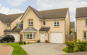 41 Sandercombe Drive, South Queensferry