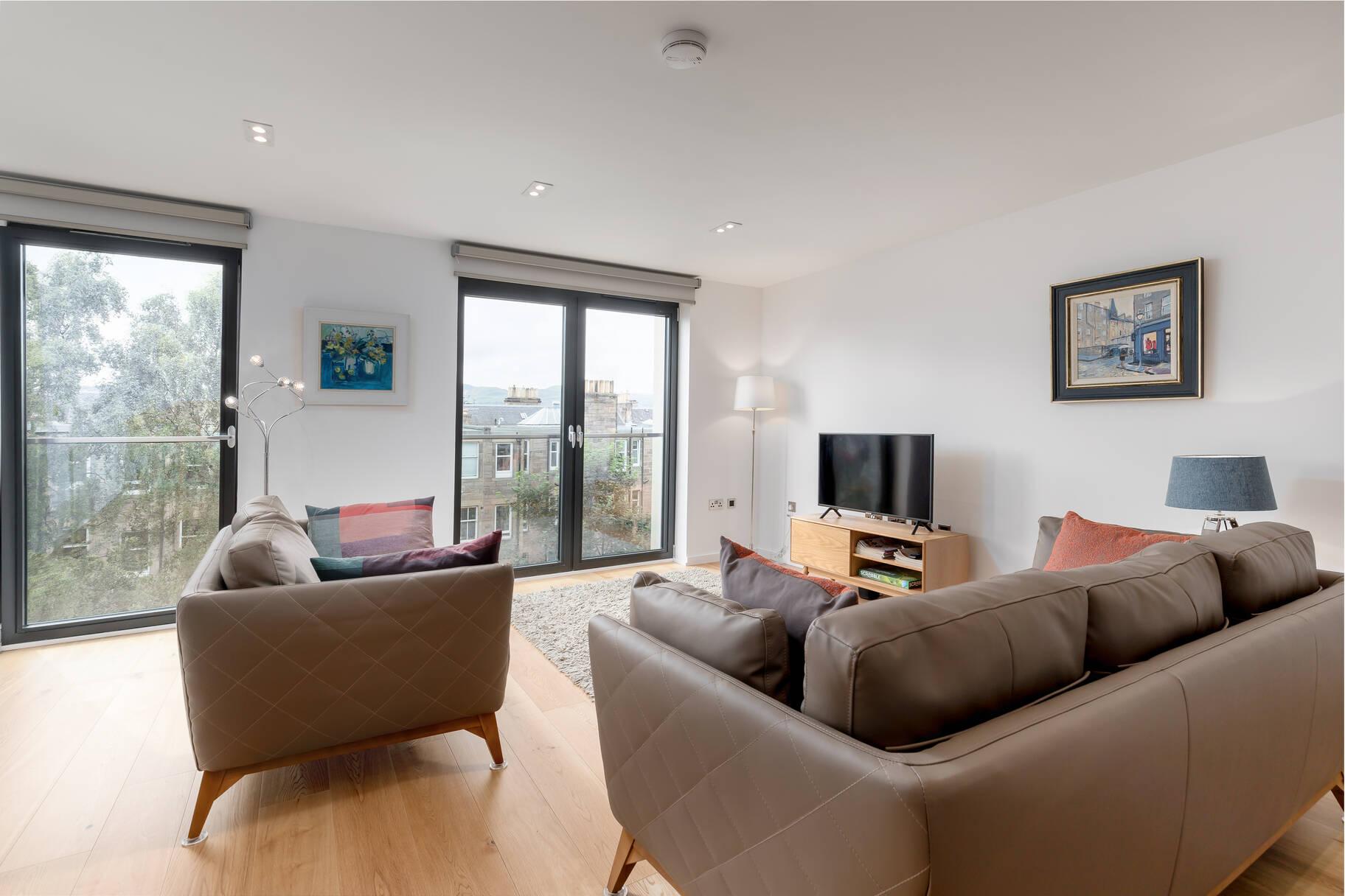 52/6 Newbattle Terrace, Morningside, Edinburgh, EH10 4RX
