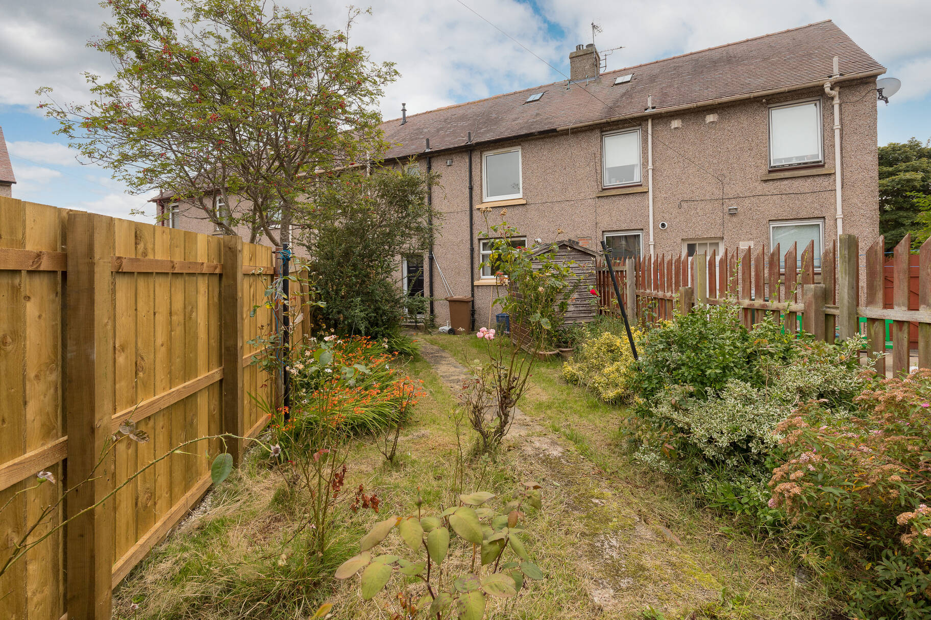 106 Clermiston Drive, Edinburgh, EH4 7PX