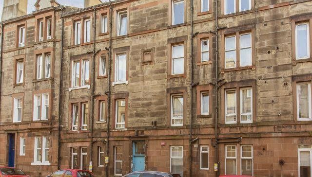 10/4 Rossie Place, Abbeyhill, Edinburgh