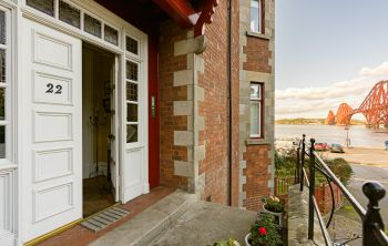 22/7 Newhalls Road, South Queensferry
