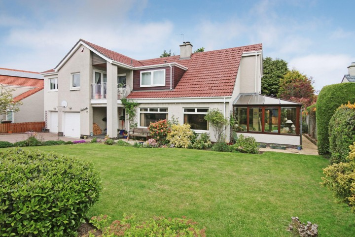 Strathardle, 6 Dean Park, Longniddry EH32 0QR