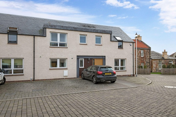 7 St. Mary's Court, Dalkeith, EH22 1AD
