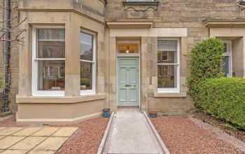 8 Comiston Gardens, Edinburgh