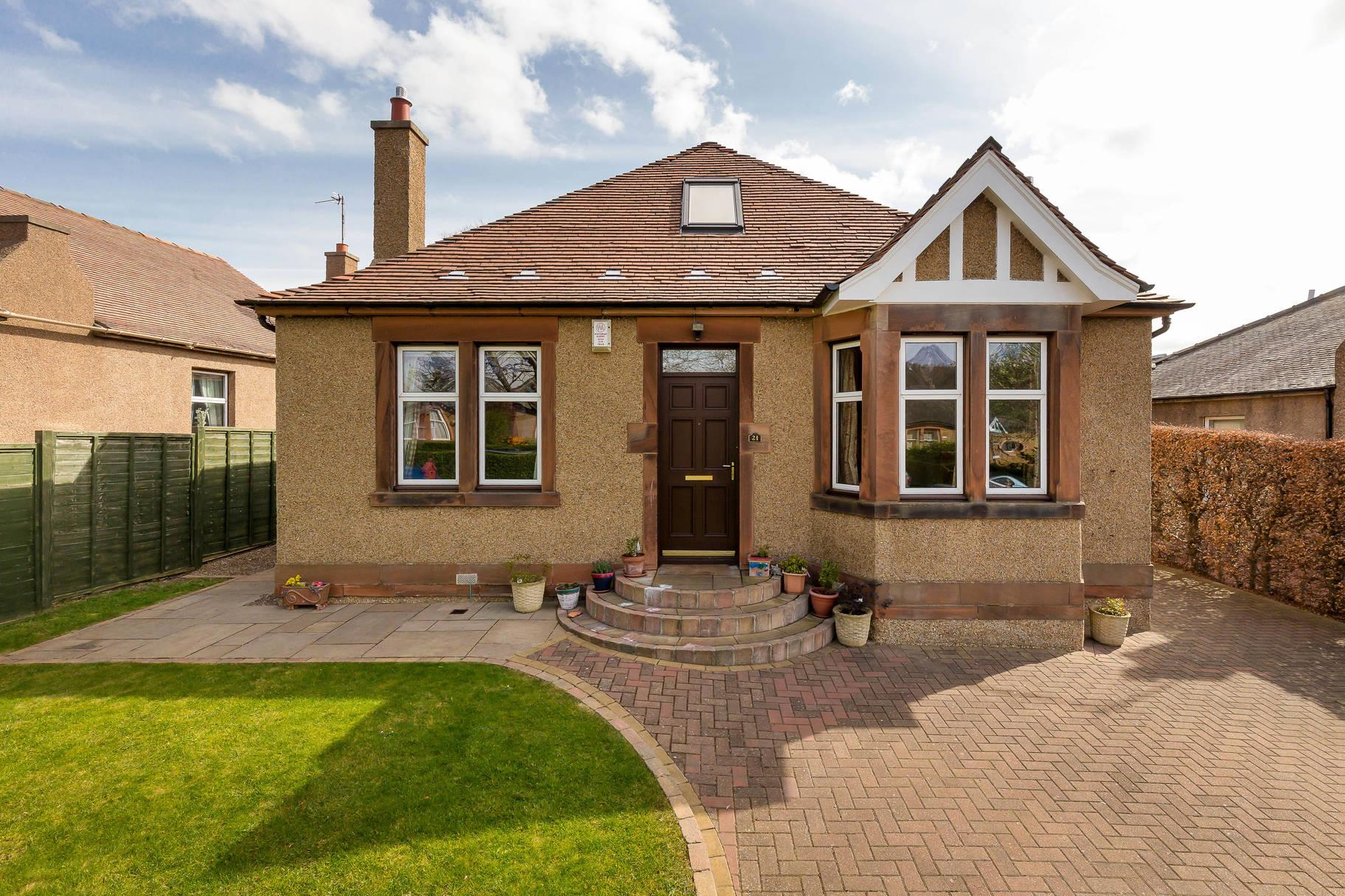 21 Strachan Road, Blackhall