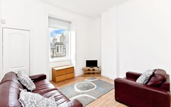 2/14 Millar Place, Edinburgh