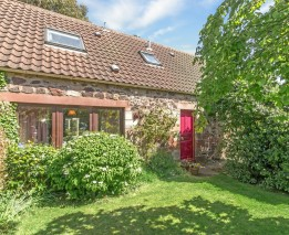 Rose Cottage, 3 Newbyth Steading, Newbyth, East Linton, EH40 3DU