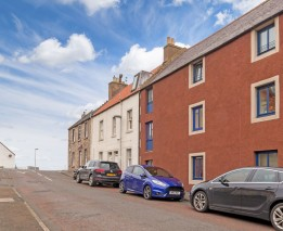 8 Galleon Court, Lamer Street, Dunbar, EH42 1GX