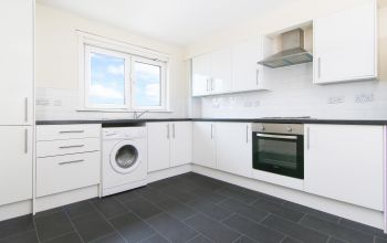 6/5 Dumbryden Gardens, Edinburgh