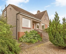 63 Drum Brae North, Barnton, Edinburgh, EH4 8AU