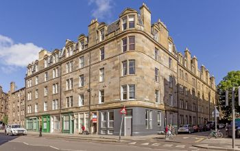 6 (3F3)  Buccleuch Terrace, Edinburgh