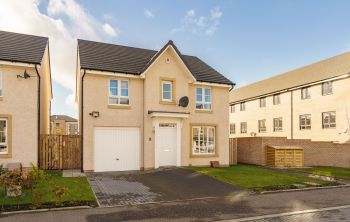 2 Sandercombe Drive, South Queensferry