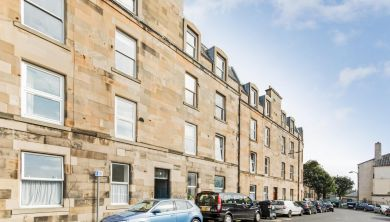 8/5 Mentone Avenue, EDINBURGH