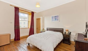 10/4 Piershill Place, Edinburgh